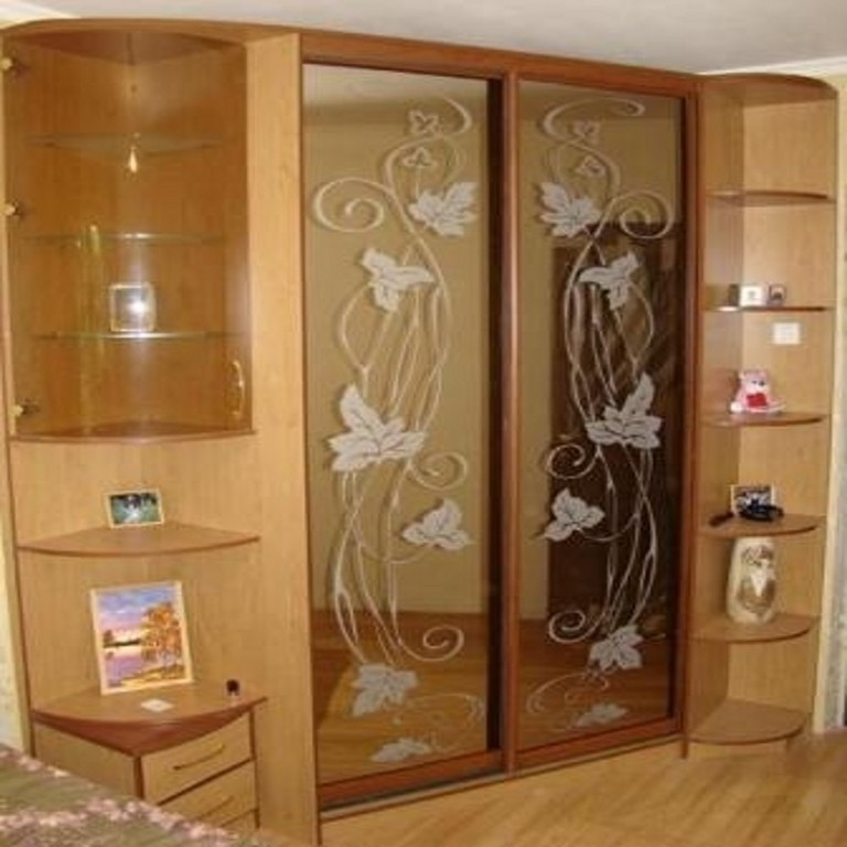 Качественная мебель! - угловой шкаф купе в спальню.